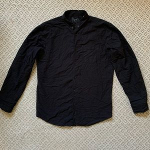 URBAN OUTFITTERS GLOBE - black button down